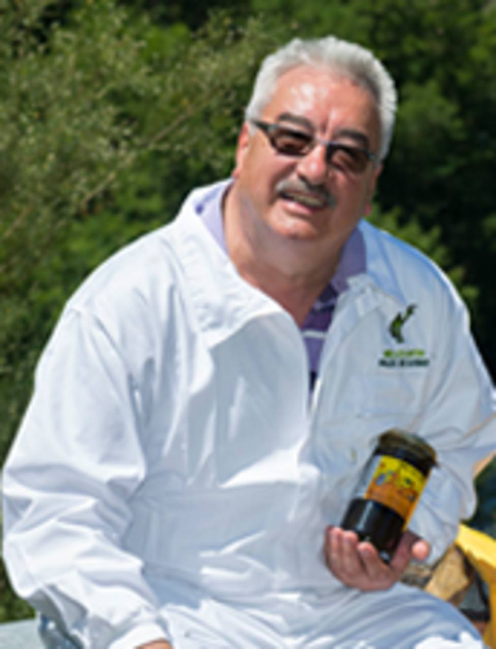 Pesar por la muerte de David Corral, fundador de la primera productora de miel de Galicia