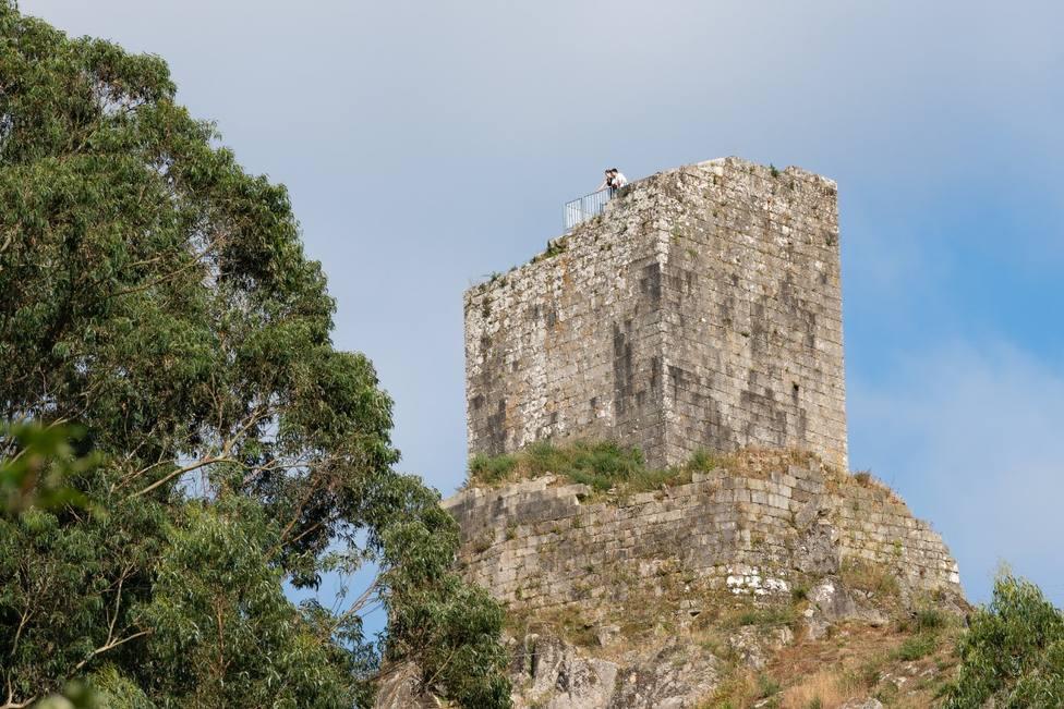 El Castillo de Naraío es lo más visitado en el municipio - FOTO: Concello San Sadurniño