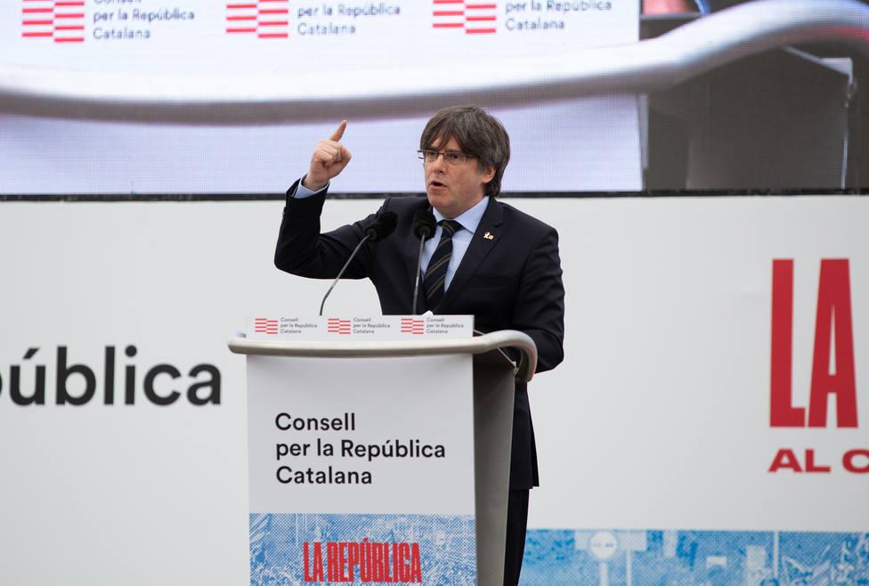 Carles Puigdemont acusa al Estado de optar por la confrontación y no la negociación