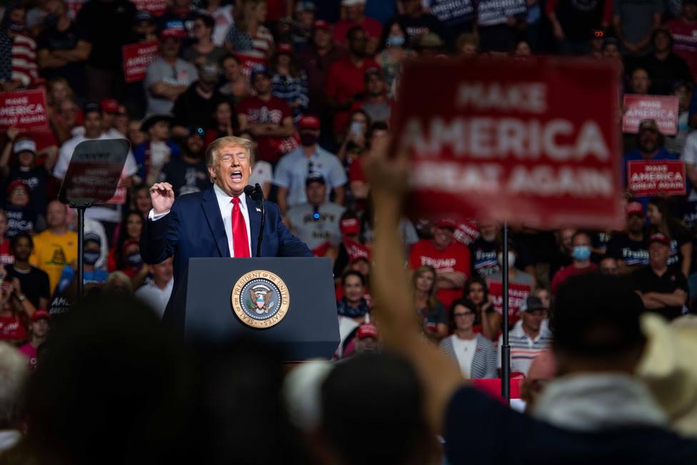 La campaña de Trump presenta una demanda en Míchigan y Pensilvania para detener el recuento