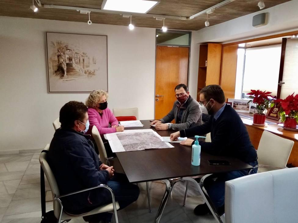 Mateos se reúne con representantes de la Plataforma por la Línea de Alta Tensión Hinojar - Águilas