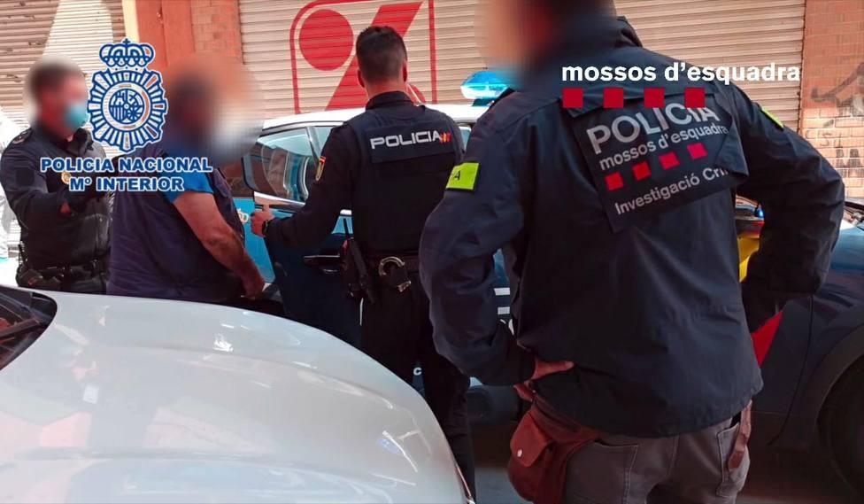 Detención de los miembros del grupo criminal - MOSSOS DESQUADRA