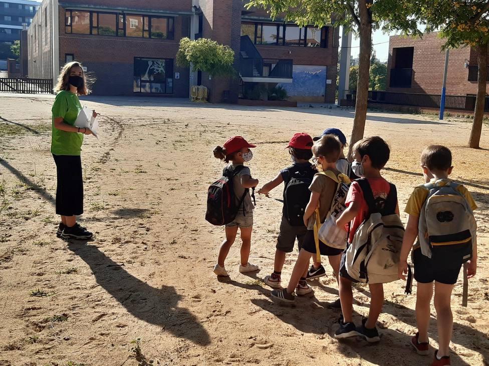 Niños y niñas participan en actividades extraescolares - FUNDACIÓ PERE TARRÉS - Archivo