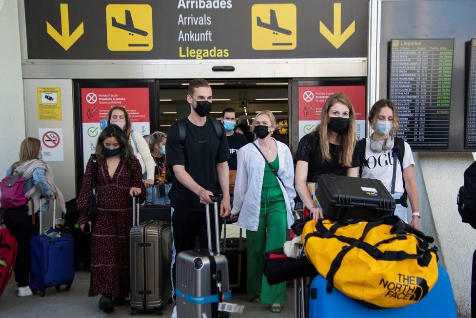 Los focos de contagio de los estudiantes que han viajado a Mallorca se concentran en fiestas y un concierto
