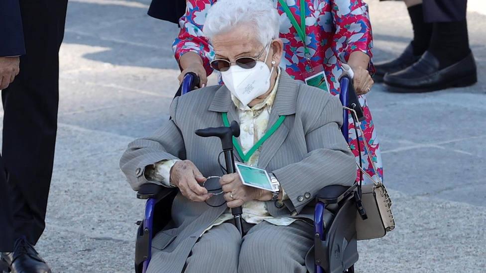 La primera anciana vacunada de España Araceli Hidalgo