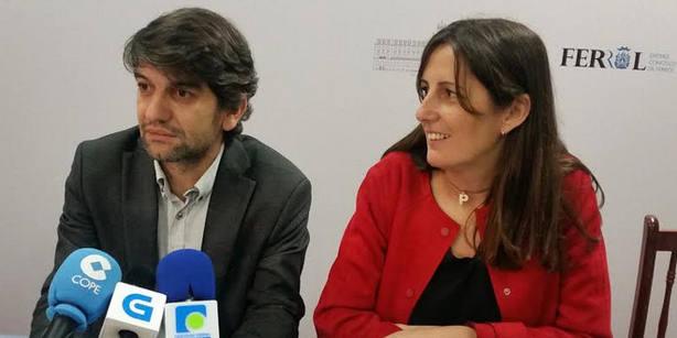 El alcalde, Jorge Suárez, y la concejala de urbanismo, María Fernández Lemos en una imagen de archivo.