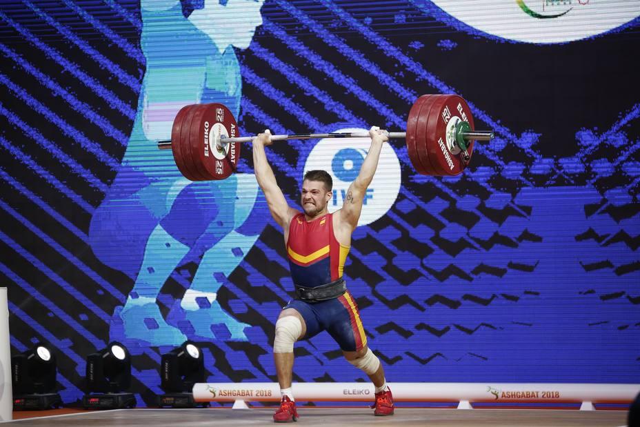 David Sánchez firma nuevos récords de España en la categoría de 73 kg