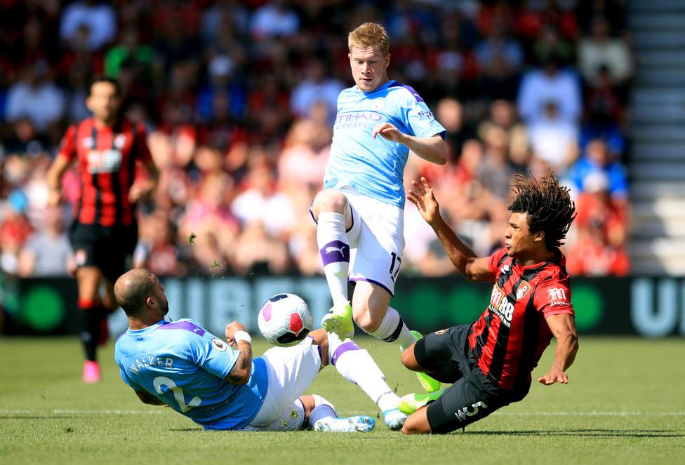 El Manchester City, primer equipo de fútbol en gastar 1.000 millones de euros en su plantilla