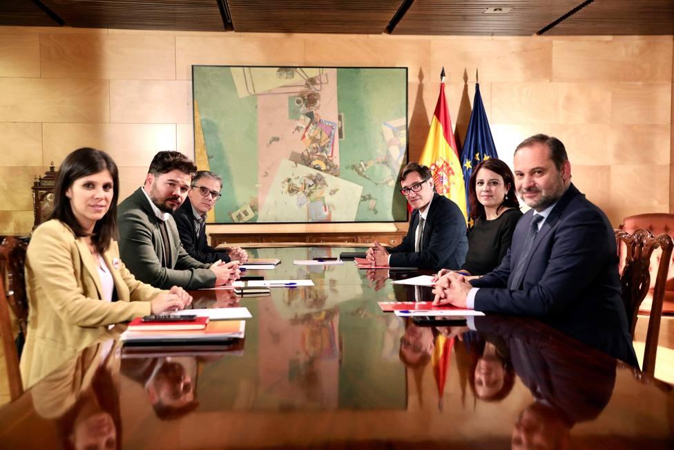 El PSOE se rinde ante la dialéctica de ERC: cree que ya hay un conflicto político en Cataluña
