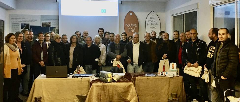 Participantes en la presentación de la Guía de Cofradías - FOTO: Cedida