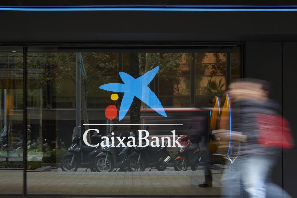 CaixaBank reduce el dividendo de 2019 y 2020 y desconvoca la junta de accionistas