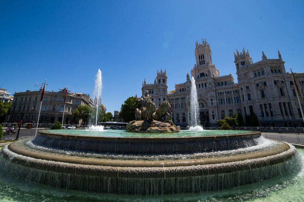 The Cibeles fountain is protected with fences