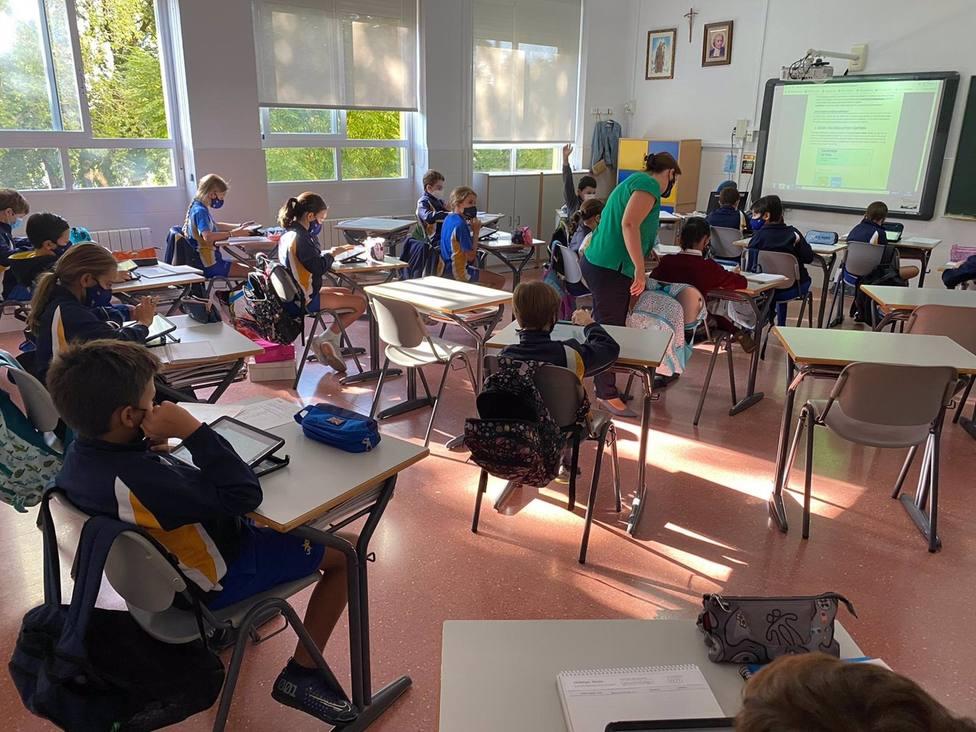 Vuelven a clase los alumnos de las seis aulas aisladas de La Salle tras cumplir la cuarentena