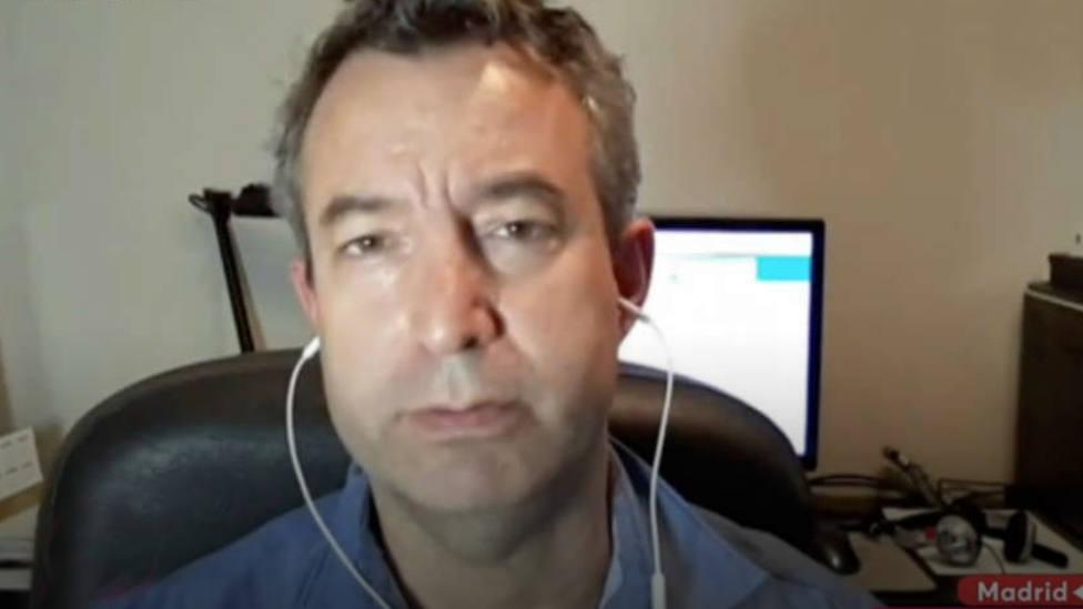 El doctor César Carballo señala el error fatal que ha causado cientos de contagios: Avisamos en marzo