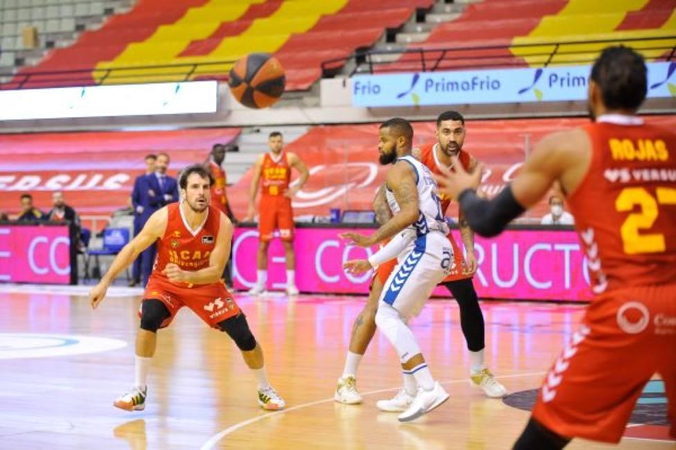 UCAM Murcia CB se queda sin fuerzas ante San Pablo Burgos (75-81)