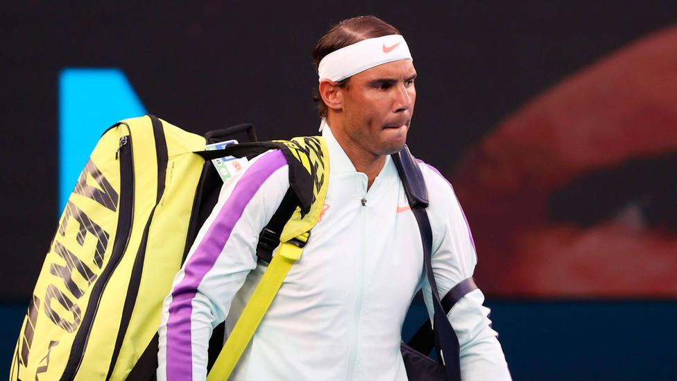 Rafa Nadal se retira de un partido del Open de Australia 2021. CORDONPRESS