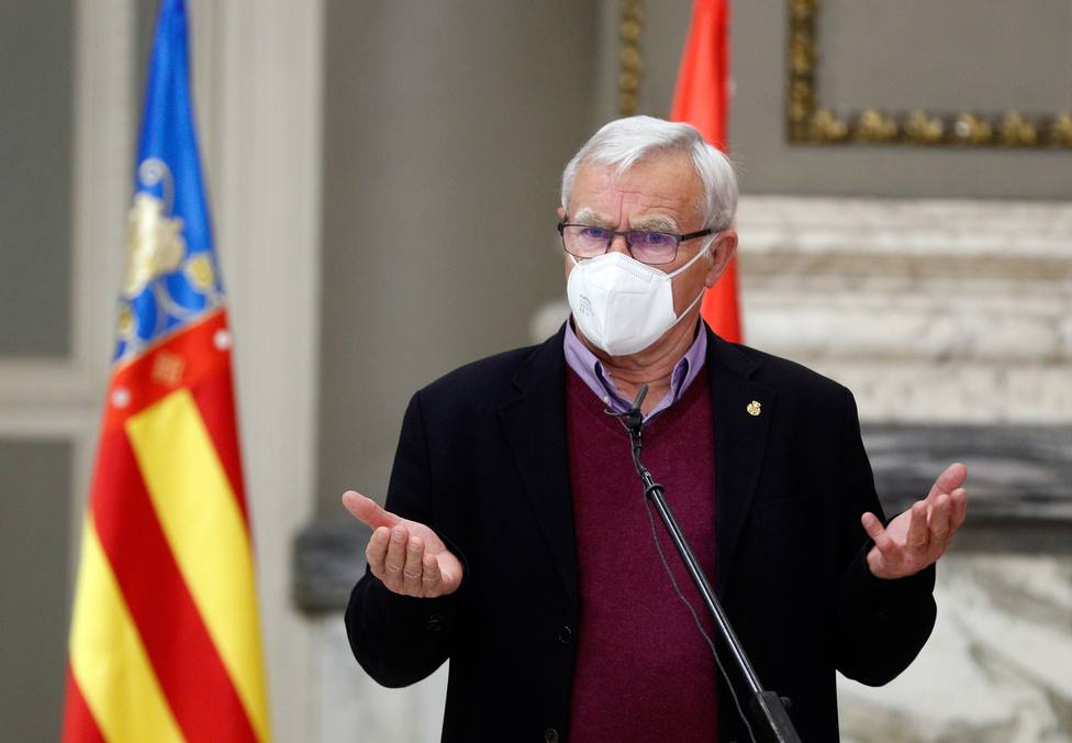 El alcalde de Valencia culpa a Ayuso de la foto de Marcelo en la playa: Aquí lo hacemos mejor