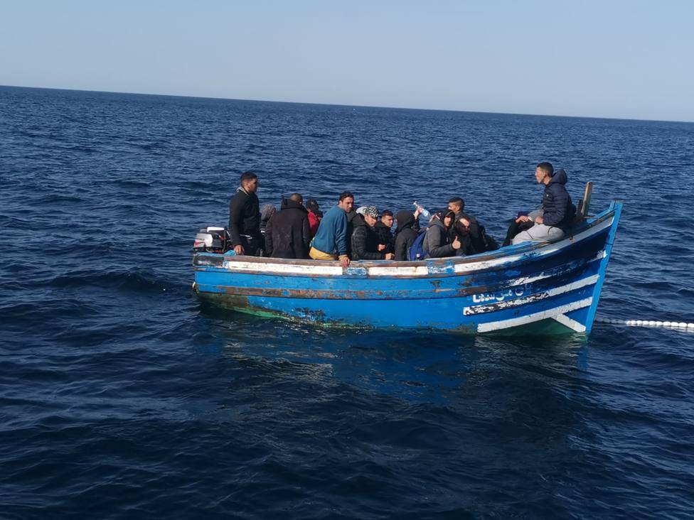 Una patera llega hasta La Aldea con 23 ocupantes subsaharianos