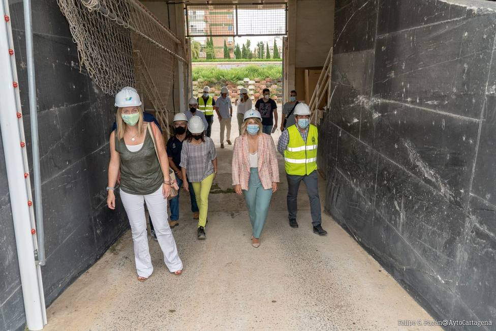 Comienza la reparación del forjado del estadio municipal Cartagonova