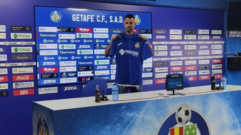 Vitolo, presentado como nuevo jugador del Getafe