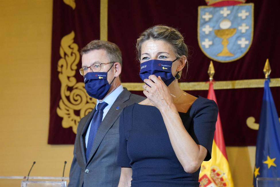 Feijóo y Díaz en la comparecencia de ambos en Santiago - FOTO: Europa Press / Álvaro Ballesteros