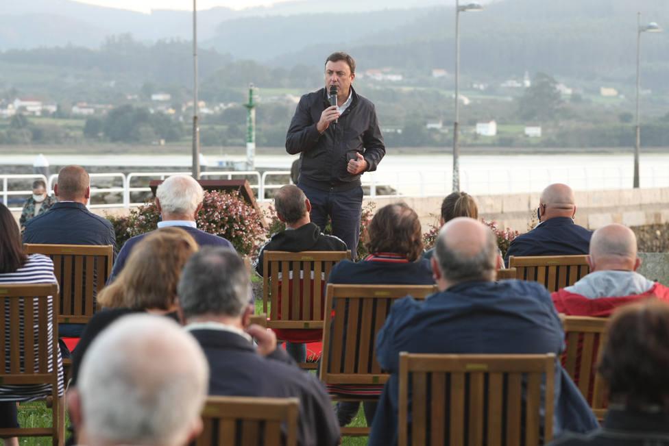 González Formoso en su intervención en Ortigueira - FOTO: Cedida