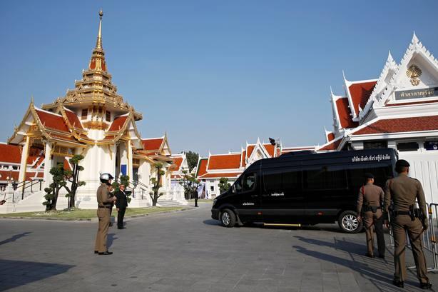 Preparativos para el funeral del presidente de los Foxes en Bangkok