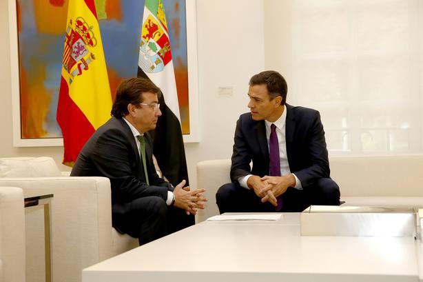 Vara consigue el compromiso del presidente para hacer frente a la deuda histórica de Extremadura