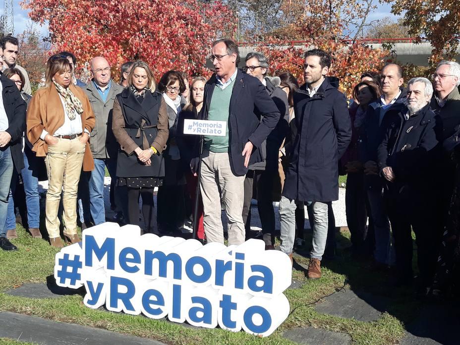 Alonso (PP) dice que falsear la memoria de las víctimas del terrorismo es una injusticia sobre toda la sociedad