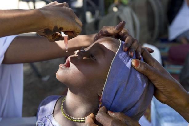 El director de la OMS destaca el compromiso de la organización con la erradicación de la polio en Afganistán y Pakistán