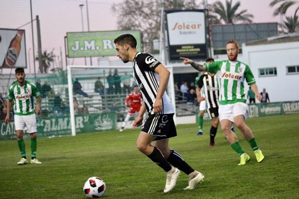 El Sanluqueño acaba con la racha del FC Cartagena (3-1)
