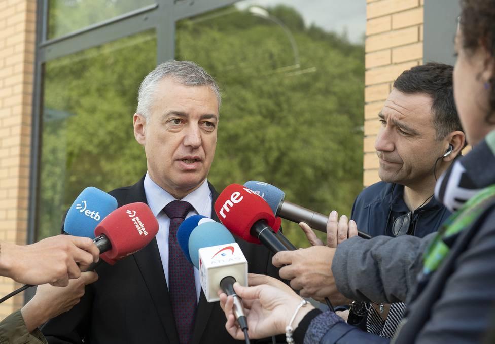 Urkullu anima a resolver los atentados sin esclarecer de ETA y otras bandas, tras la detención de Ternera