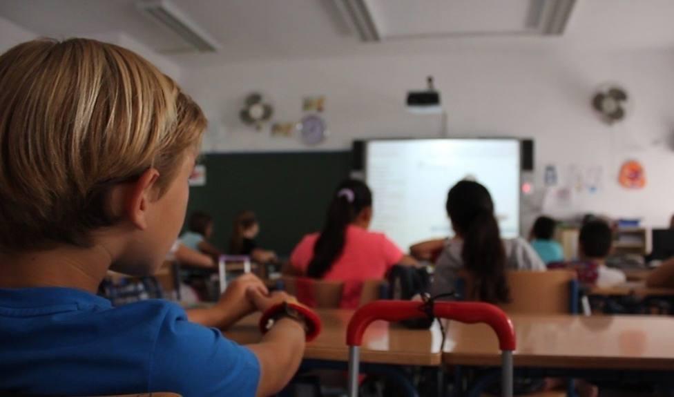 En Melilla se está permitiendo la escolarizacion del norte de África de extranjeros y el PP lo ha denunciado+