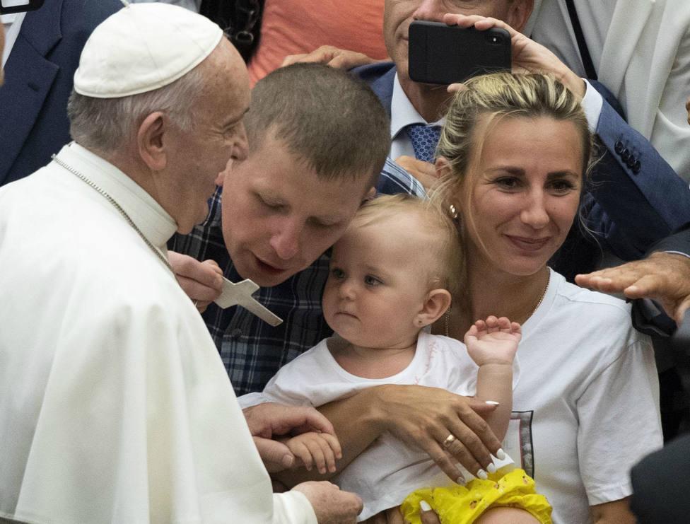 El Papa Francisco acude a una de las audiencias