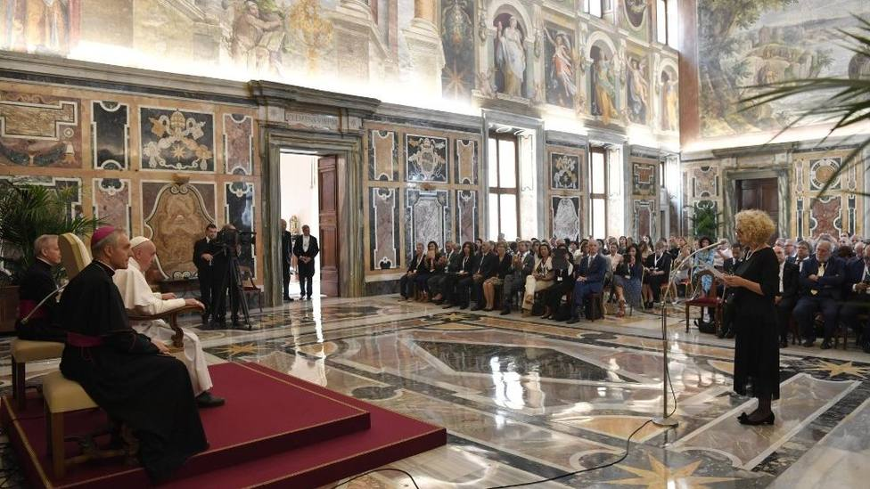La eutanasia se basa en una visión utilitarista de la persona, asegura el Papa