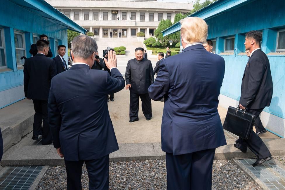 Corea del Norte propone retomar a finales de mes las conversaciones con Estados Unidos