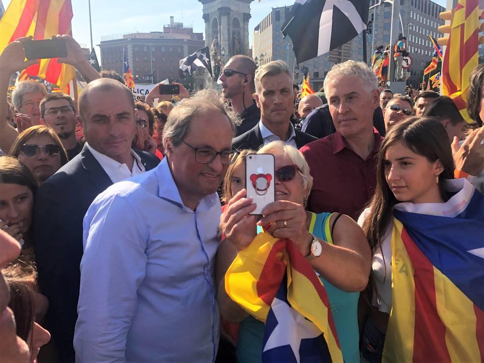 Torra ve exitosa la manifestación y pone la independencia en el centro de la política