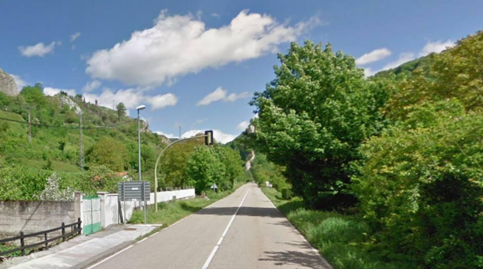 Fallece una anciana atropellada al cruzar la carretera en Aller