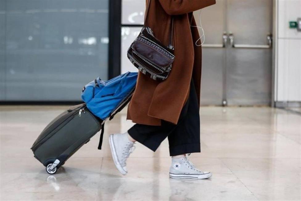 Una mujer en el aeropuerto