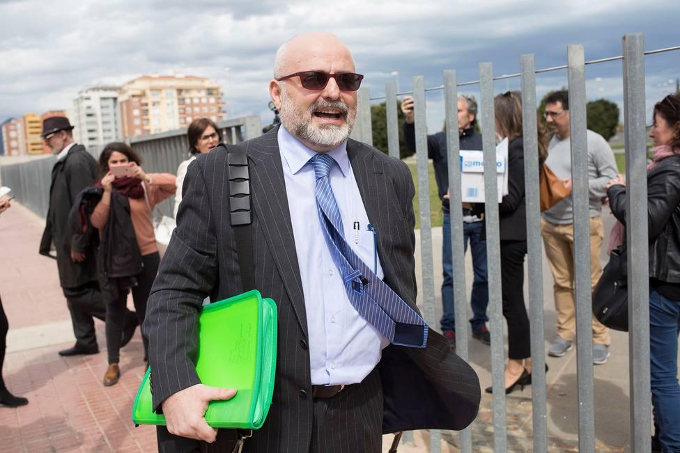 Foto de 2018 de José Manuel López Pérez, Coté, a la salida de un juzgado - FOTO: EFE / Domenech Castelló