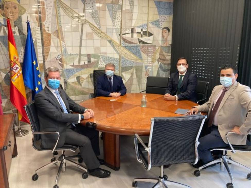 FRECOM pide a José Velez que luche en Madrid por el impulso de infraestructuras con fondo europeo