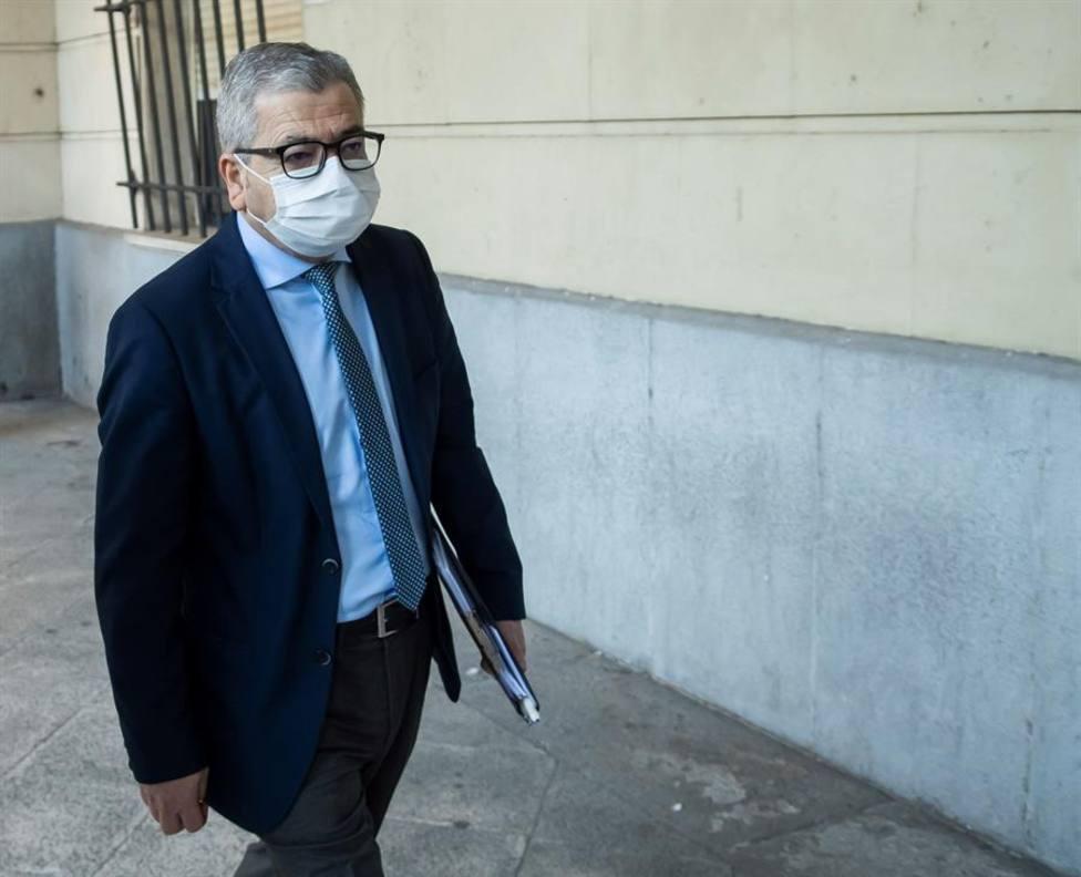 El ex viceconsejero de Empleo Agustín Barberá a la llegada a la Audiencia de Sevilla