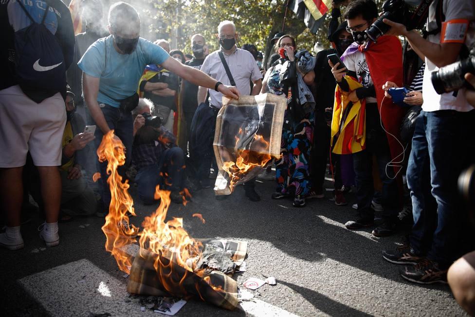 ERC lleva hoy al Congreso su ley para despenalizar la quema de banderas y las injurias al Rey