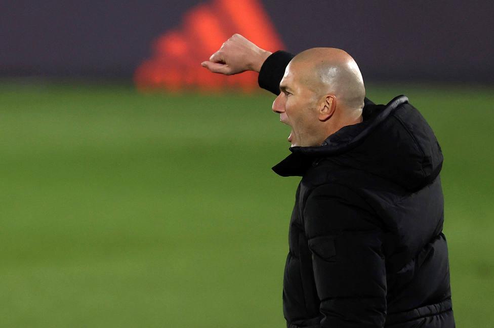 Zidane, durante el partido de este martes ante el Athletic (EFE)