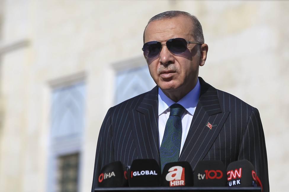 Erdogan plantea impulsar una nueva Constitución para Turquía