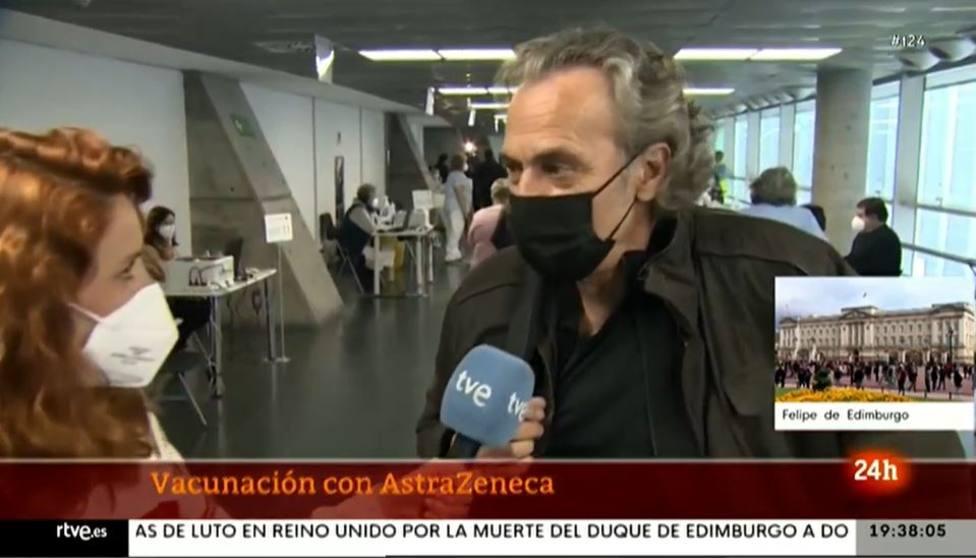 José Coronado se lleva una inesperada sorpresa tras recibir la vacuna de AstraZeneca: ¿En serio?