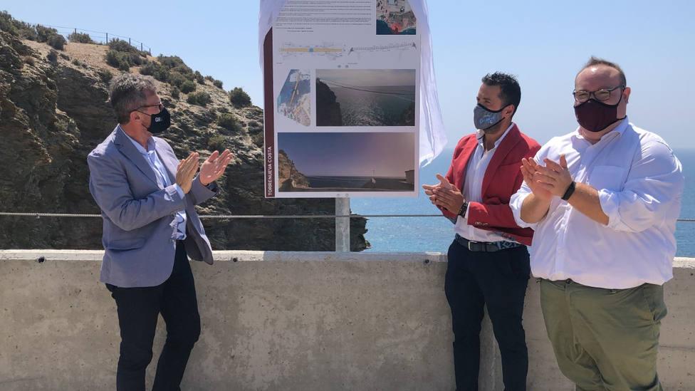 Para mediados de octubre, Torrenueva Costa contará con un puente colgante único en Andalucía
