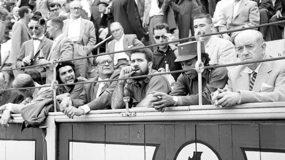 Dónde compraba sus boinas y el estadio de fútbol que visitó: los secretos del Che Guevara en Madrid