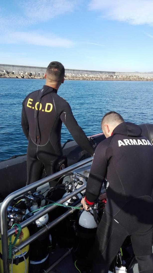 Neutralizan tres proyectiles sumergidos en aguas próximas al Puerto de Barcelona