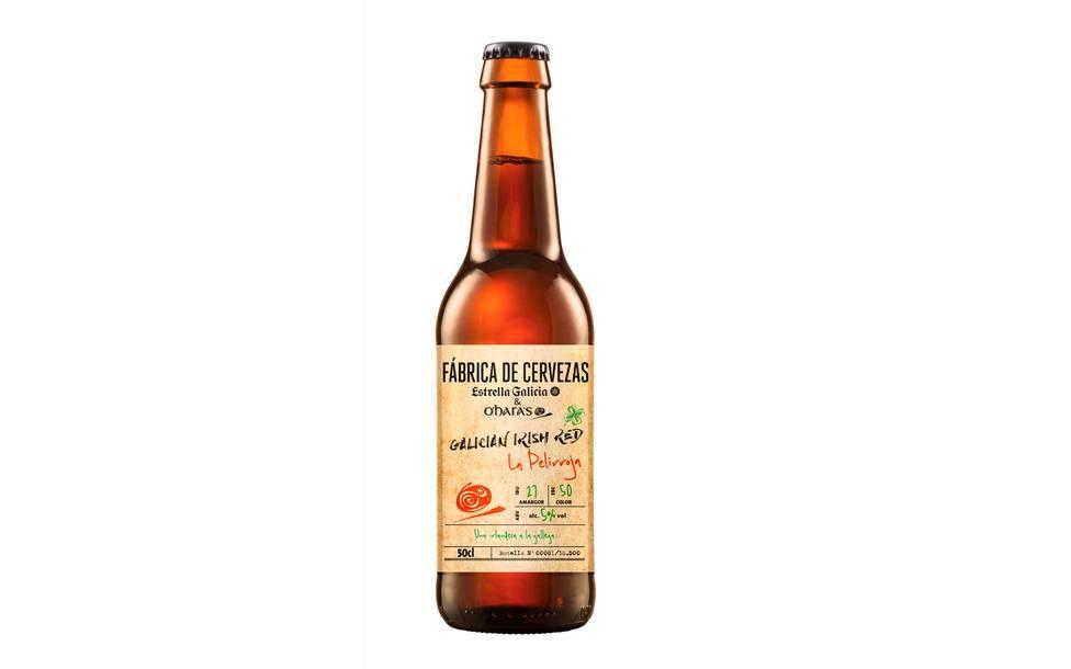 Estrella Galicia lanza La Pelirroja, su primera cerveza colaborativa